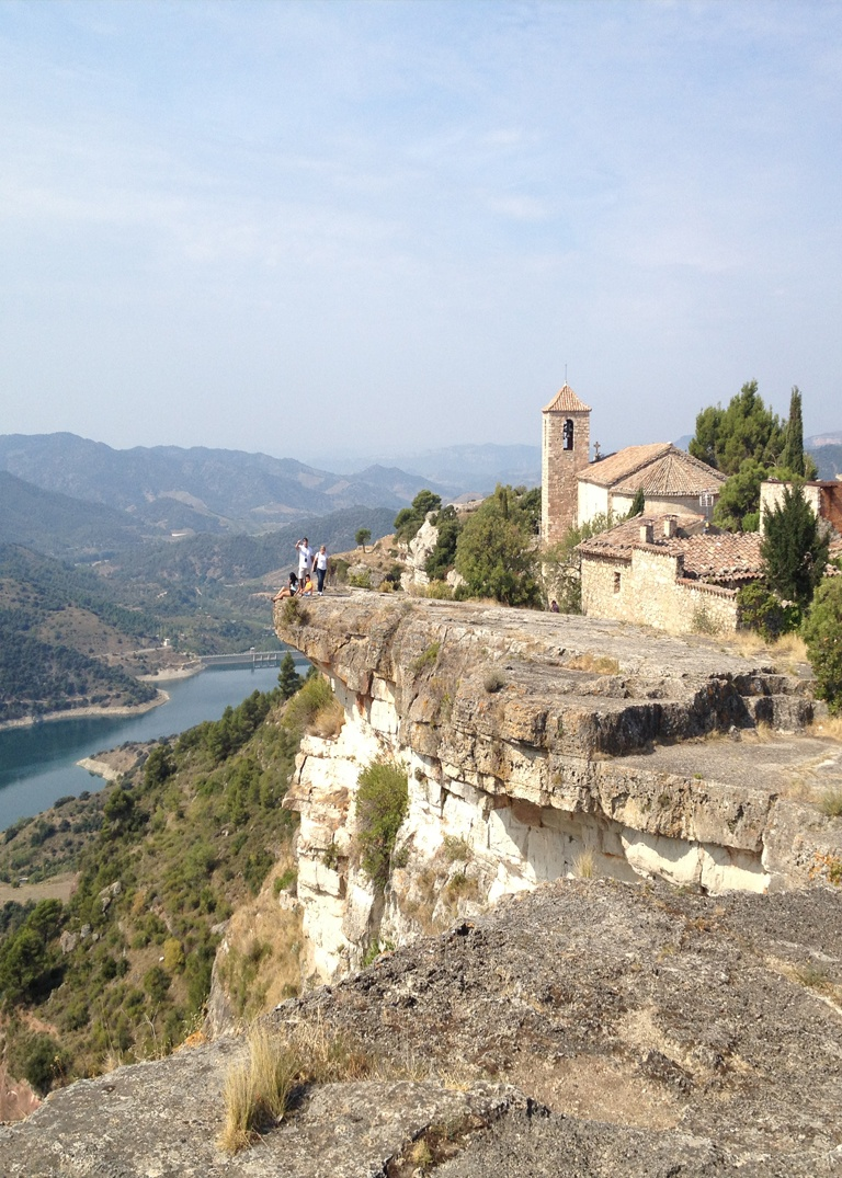 luxury wine tour priorat
